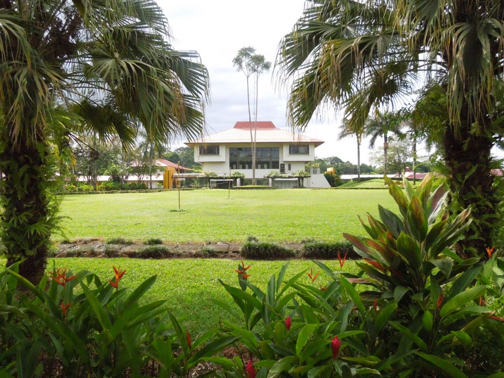 Application Window Open: Undergraduate Scholarship in Sustainable Agriculture 2015